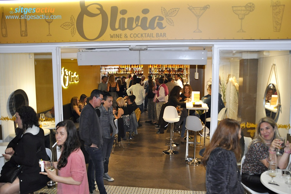 Inauguracio de Olivia Wine Cocktail Bar